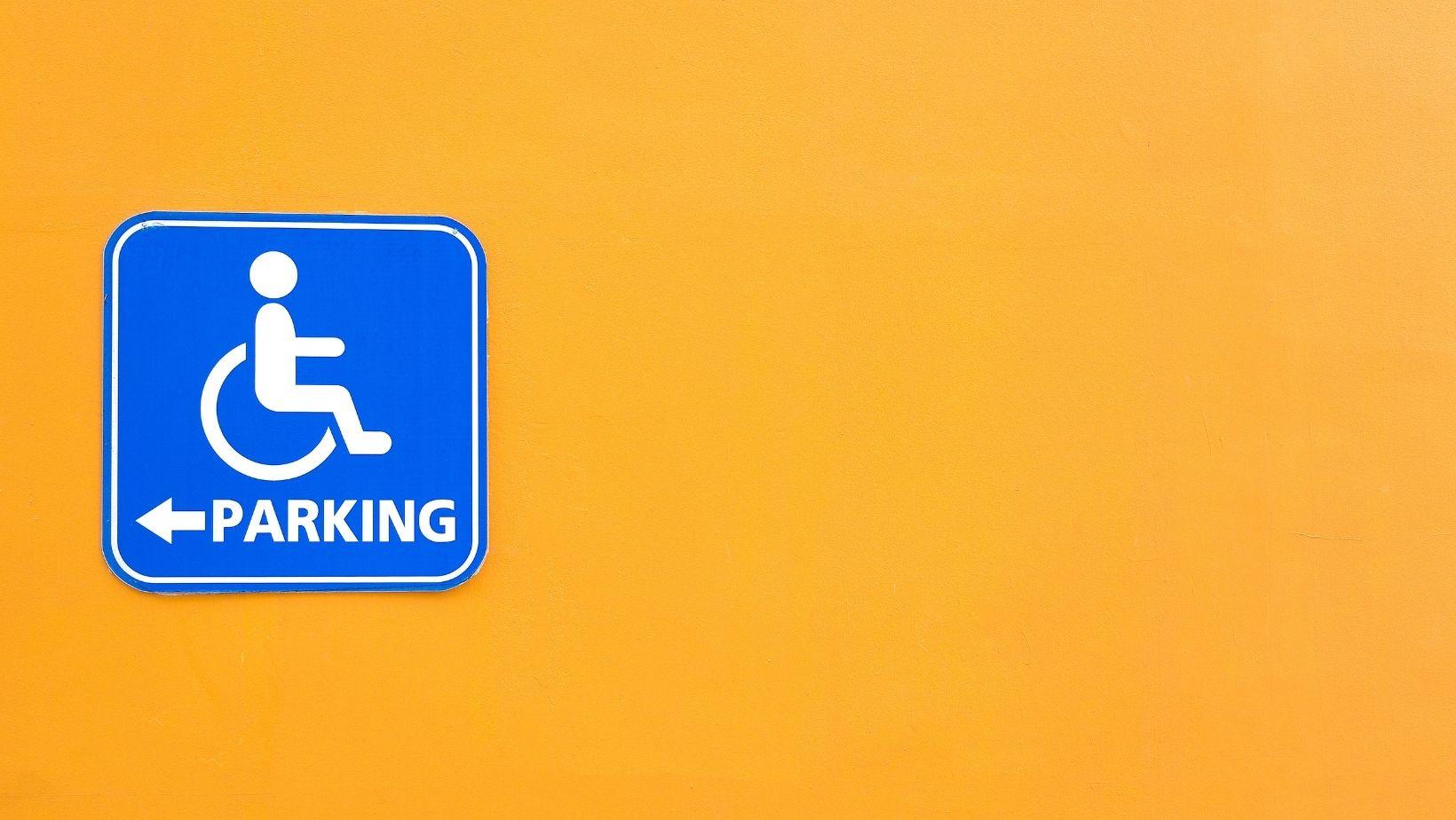 Bruxelles : emplacements réservés aux PMR pour le stationnement
